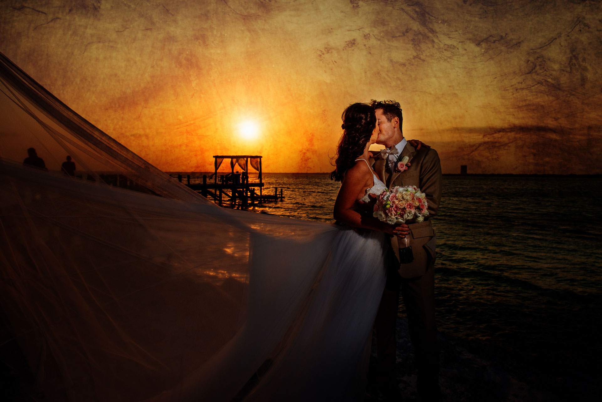 Sebi Messina wedding photographers in cancun mexico - Wedding Photography and Underwater Trash The Dress